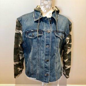 KENSIE Jean Jacket / Hooded Sweatshirt Size Large